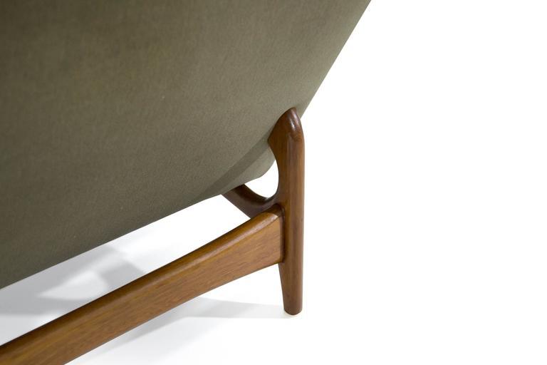 Velvet Scandinavian Modern Lounge Chairs on Sculptural Teak Bases For Sale