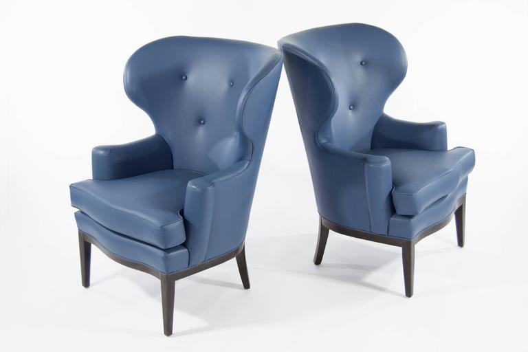 Pair of Early Wingback Chairs by Edward Wormley for Dunbar, circa 1940s In Excellent Condition For Sale In Stamford, CT