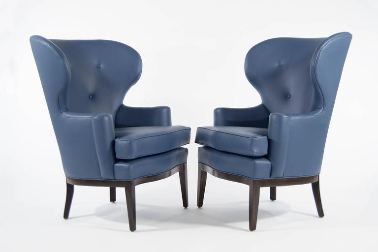 American Pair of Early Wingback Chairs by Edward Wormley for Dunbar, circa 1940s For Sale