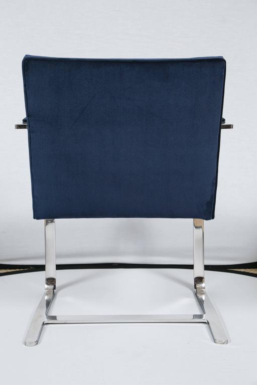 Mid-20th Century Flat Bar Brno Chair in Navy Velvet For Sale