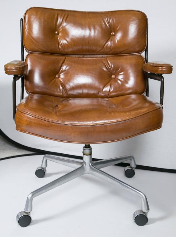 Eames Executive Chair by Herman Miller 3Eames Executive Chair by Herman Miller at 1stdibs. Eames Executive Work Chair. Home Design Ideas