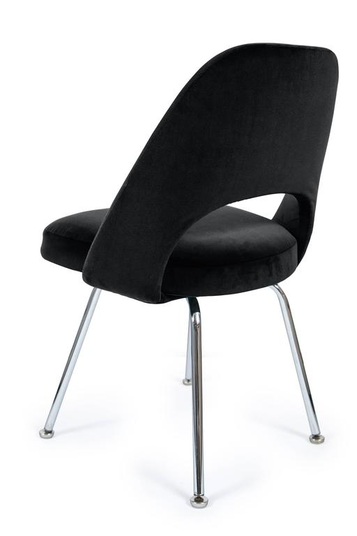 Saarinen executive armless chairs in black velvet set of for Saarinen executive armless chair