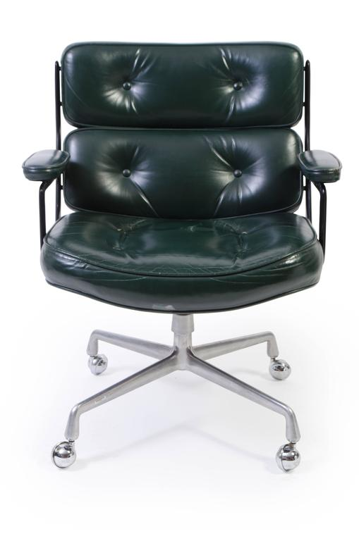 Merveilleux The Epitome Of Executive Seating From The Mid Century, The Eames Executive  Chair Makes