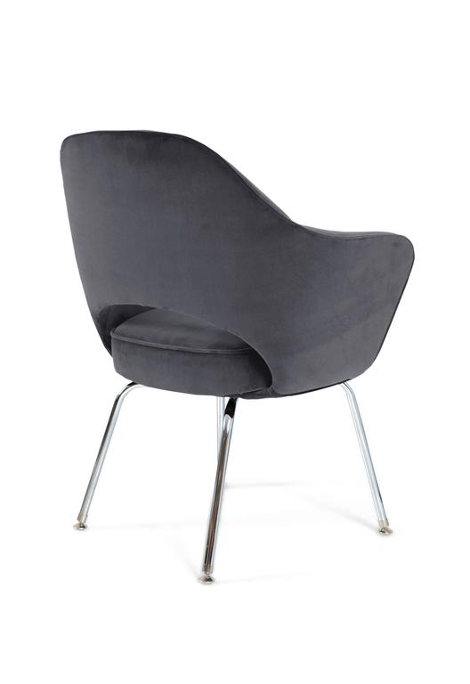 Saarinen for Knoll Executive Arm Chairs in Grey Velvet 3