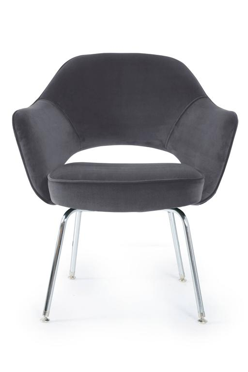 Saarinen for Knoll Executive Arm Chairs in Grey Velvet 2