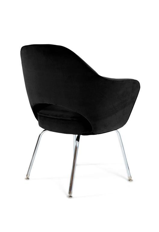 Mid-Century Modern Saarinen for Knoll Executive Arm Chairs in Black Velvet For Sale