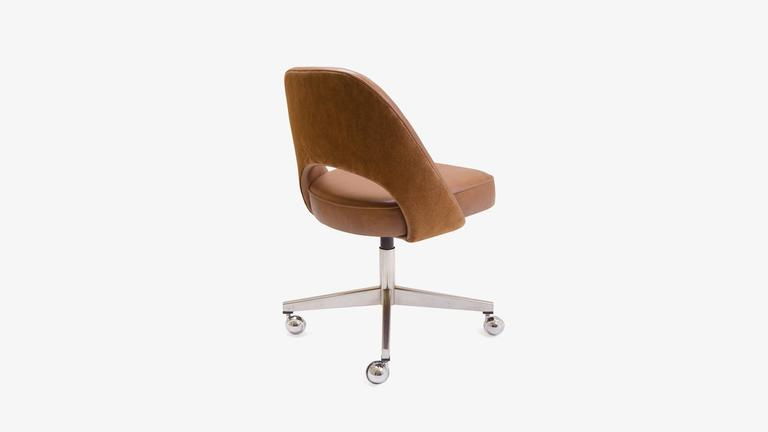 saarinen executive armless chair in saddle leather and suede swivel