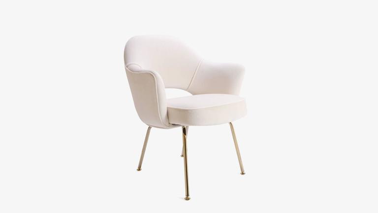 Saarinen Executive Armchair in Crème Velvet, 24-Karat Gold Edition, Set of 6 3