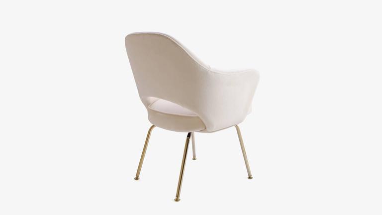 Saarinen Executive Armchair in Crème Velvet, 24-Karat Gold Edition, Set of 6 5