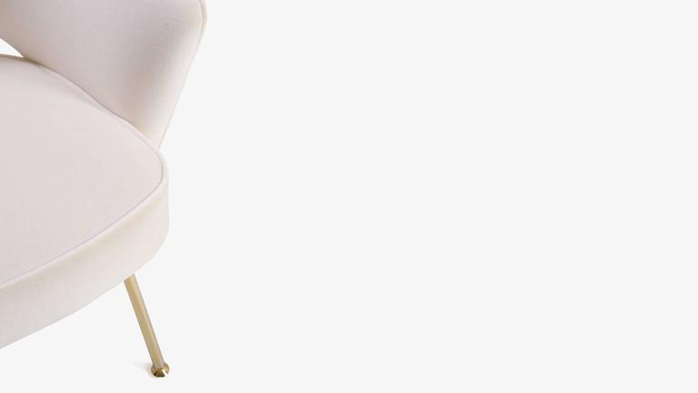 Saarinen Executive Armchair in Crème Velvet, 24-Karat Gold Edition, Set of 6 8