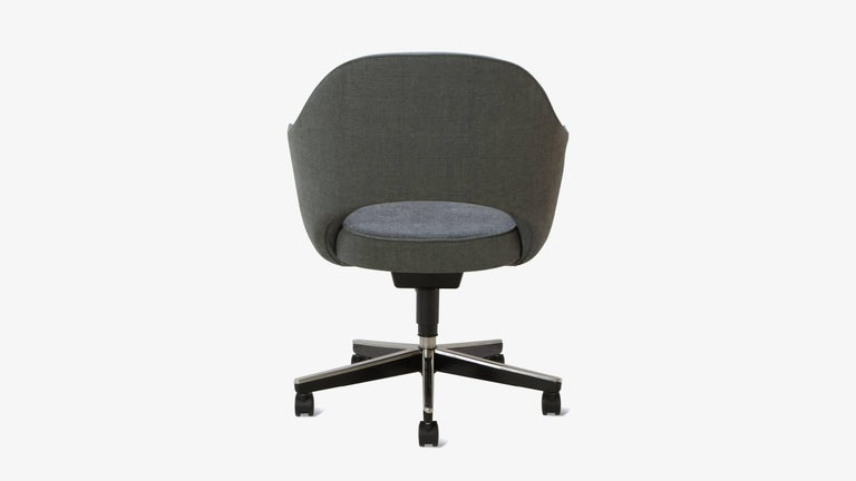American Saarinen Executive Arm Chair in Textured Charcoal Weave, Swivel Base For Sale