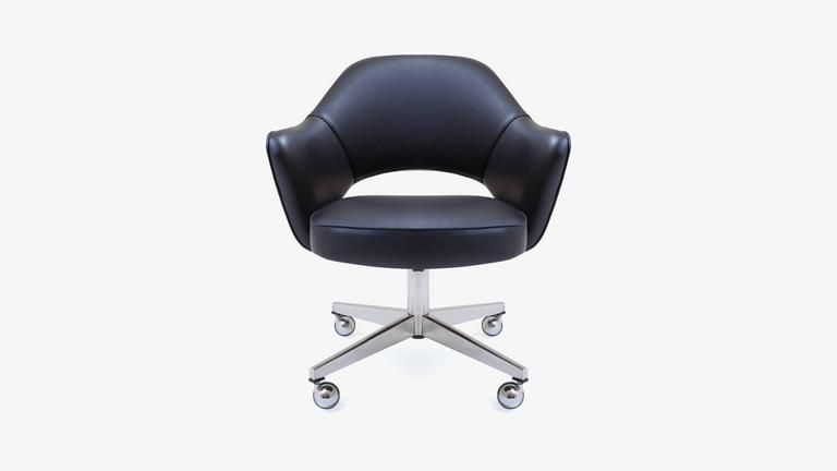 Saarinen Executive Arm Chair In Black Leather, Swivel Base 2