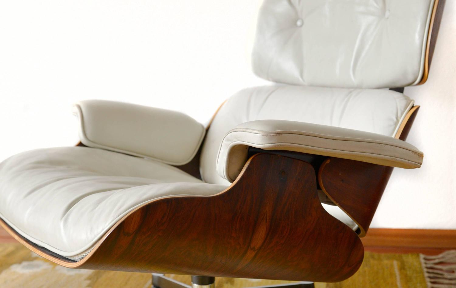 White Leather Lounge Chair Charles Eames For Sale at 1stdibs