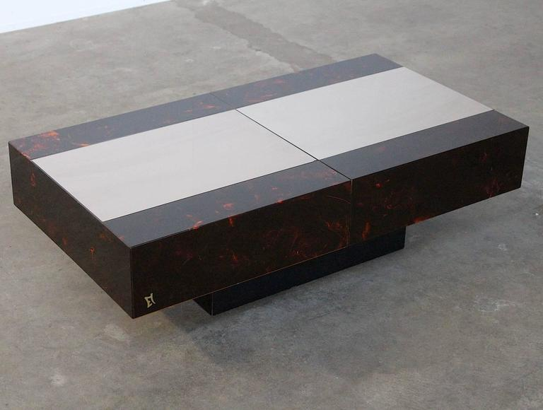 Eric Maville Sliding Coffee Table with Liquor Storage In Excellent Condition For Sale In Amsterdam, NL