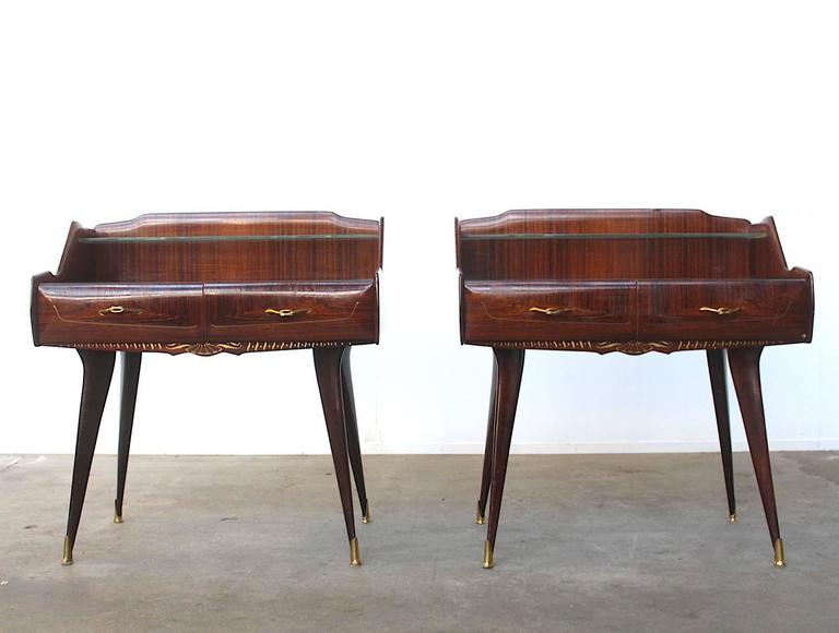Paolo Buffa Style Pair of Stunning Italian Nightstands In Excellent Condition For Sale In Amsterdam, NL