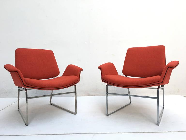 Mid-Century Modern Restored 'Double Shell' Lounge Chairs by Illum Wikkelsø for Arflex, Italy, 1960 For Sale