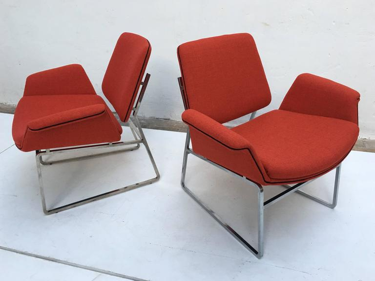Italian Restored 'Double Shell' Lounge Chairs by Illum Wikkelsø for Arflex, Italy, 1960 For Sale