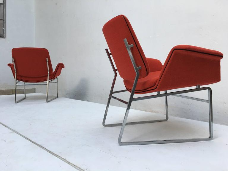 Restored 'Double Shell' Lounge Chairs by Illum Wikkelsø for Arflex, Italy, 1960 In Good Condition For Sale In bergen op zoom, NL
