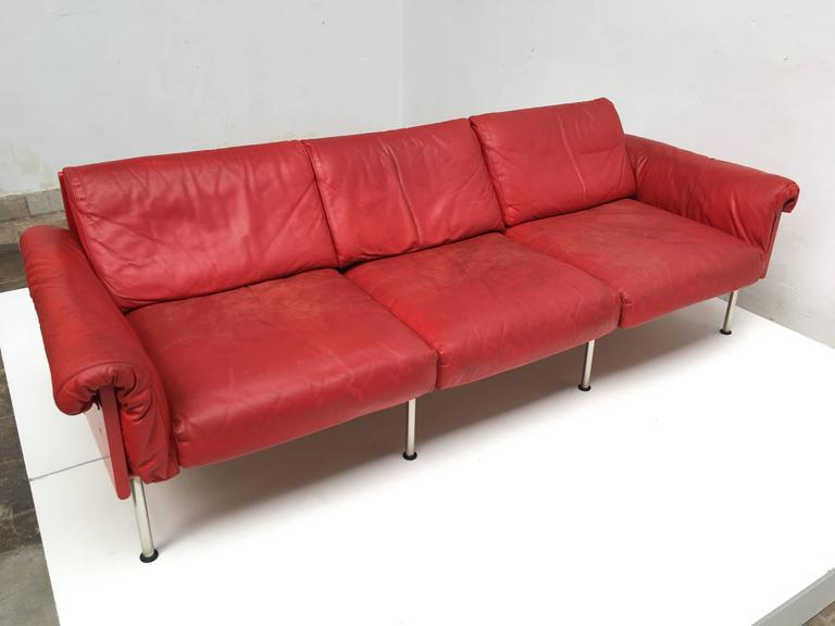 Eclectic Red Leather 'Ateljee' Sofa by Yrjo Kukkapuro for Haimi Finland, 1963 4