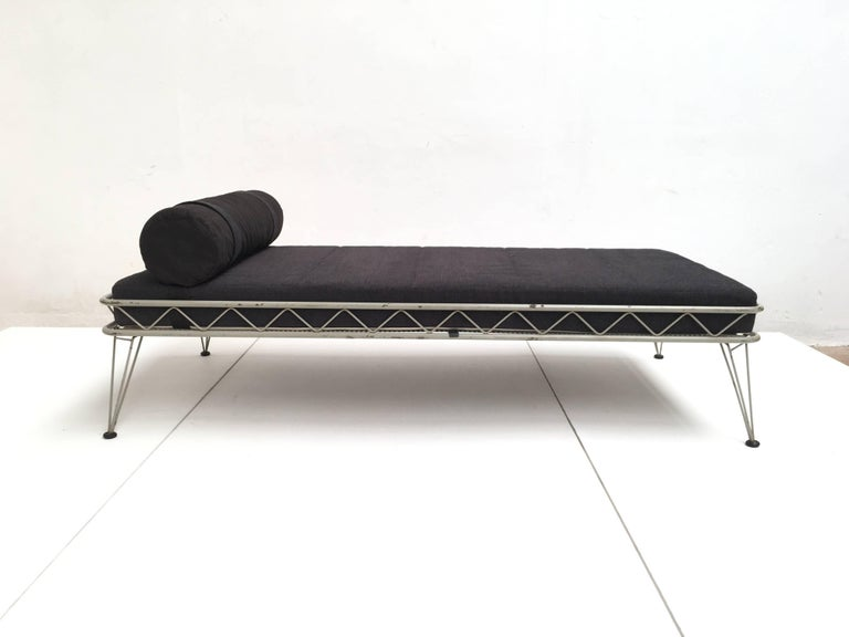 Daybed 'Arielle' by Dick Cordemeijer for Auping 1954, New Upholstery In Good Condition For Sale In bergen op zoom, NL