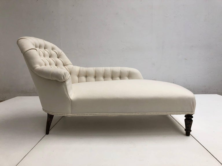 French Méridienne / Chaise Longue circa 1850 Re-Upholstered in De Ploeg Wool For Sale 3