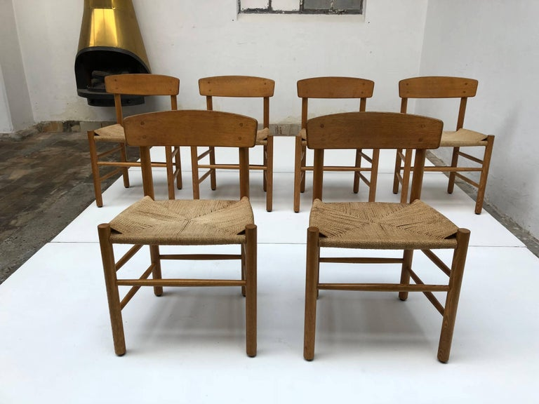Set of Six Borge Mogensen J39 Shaker Oak and Papercord Dining Chairs, Denmark 7