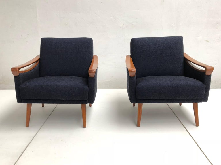 Pair of New Upholstered Mid-Century Modern Armchairs by Lifa, West Germany, 1963 For Sale 2