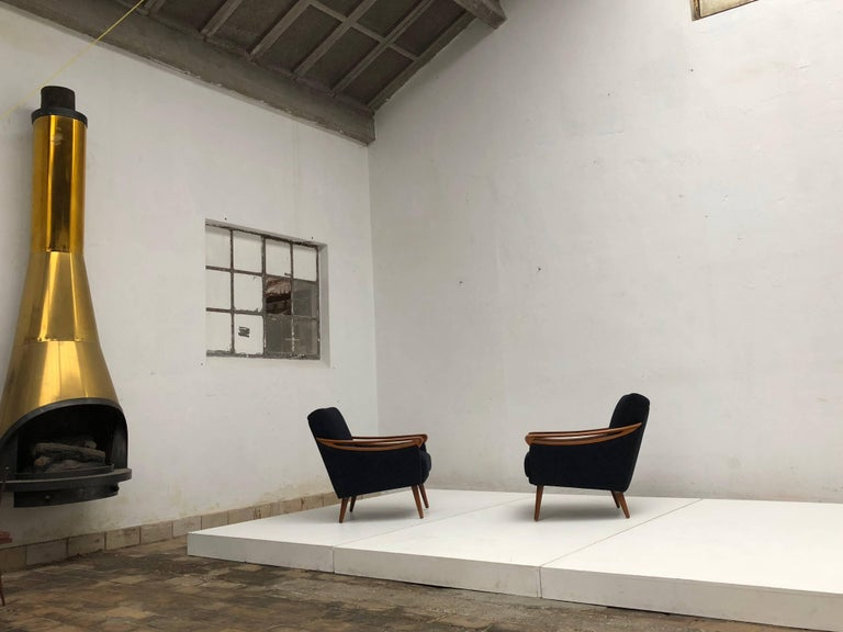 Pair of New Upholstered Mid-Century Modern Armchairs by Lifa, West Germany, 1963 For Sale 1