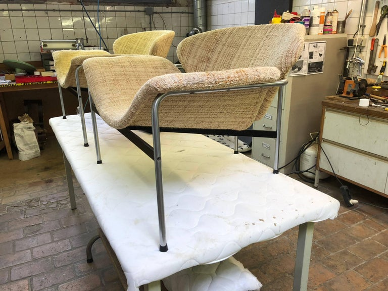 Rare Pair of 1960s Dutch 'Groovy' Lounge Chairs Attributed to Gelderland For Sale 4