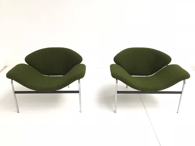 Rare Pair of 1960s Dutch 'Groovy' Lounge Chairs Attributed to Gelderland For Sale 3