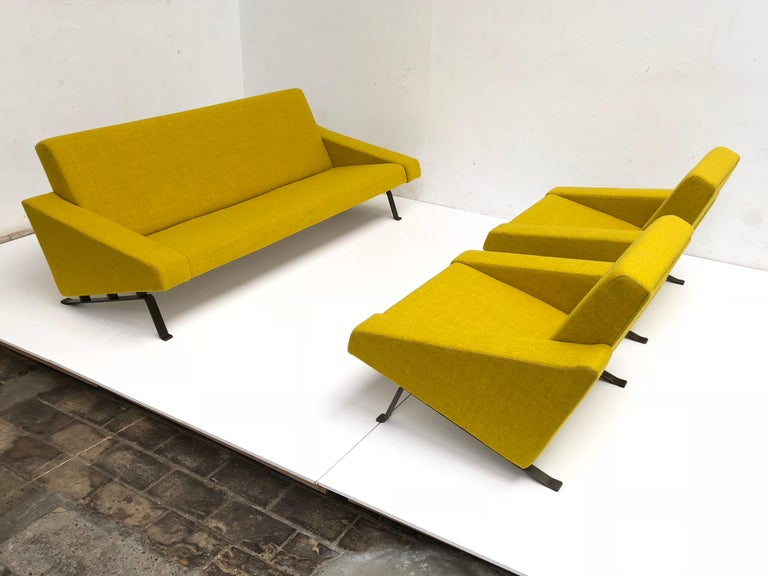 Dutch Rare Triangel Sofa and two Lounge Chairs by Gelderland, circa 1958 De Ploeg Wool For Sale