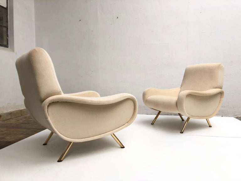 Restored Early Production Wood Frame Zanuso 'Lady' Chairs, 1951, Mohair Fabric  For Sale 1
