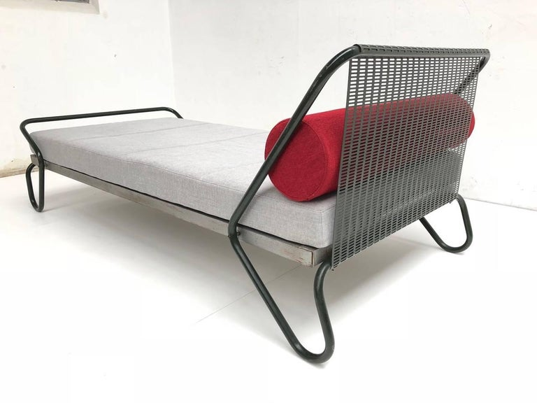 Mid-20th Century 1952 'Miami' Daybed by Jacques Hitier for the Famous 'Antony' Building, Paris For Sale