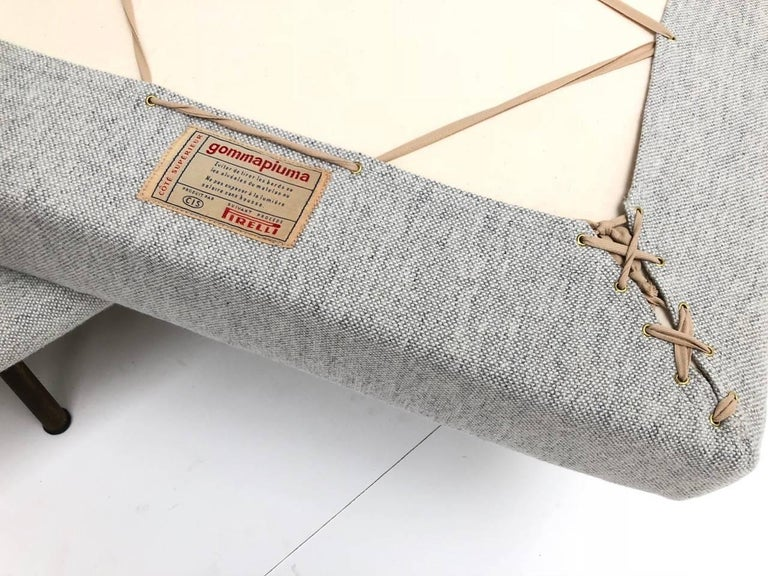 Superb 'Triennale' Brass Leg Daybed by Zanuso for Arflex, 1951, Original Labels For Sale 4