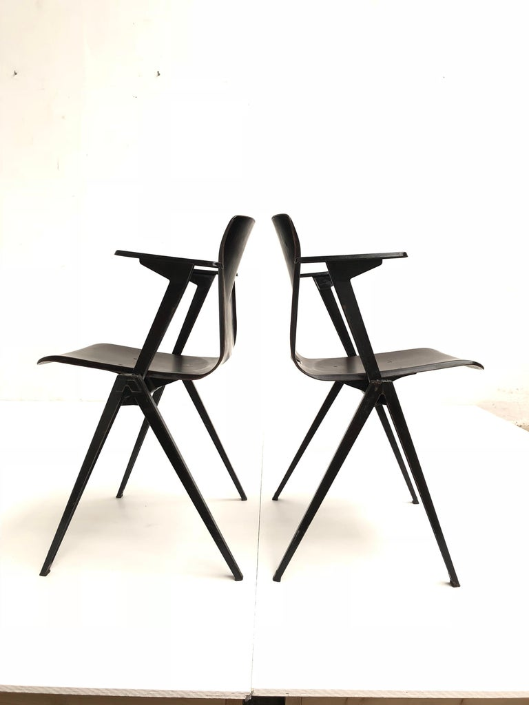 Mid-20th Century S22 Pyramid Stackable Armchair by Galvanitas The Netherlands, 1960s For Sale