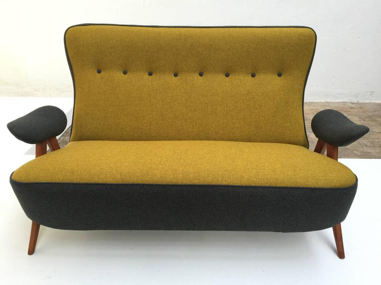 Dutch Stunning Theo Ruth Model 105 'Hair Pin' Sofa for Artifort with Kvadrat Wool For Sale