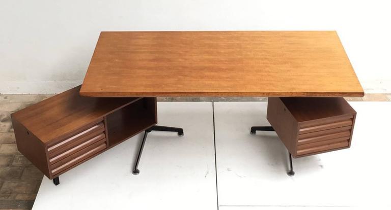 Italian Beautiful T95 'Direzionale' Desk with Swivel Drawer Units, Osvaldo Borsani, 1956 For Sale