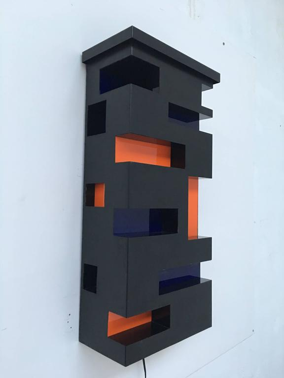 Late 20th Century Enameled Steel and Plexiglas 'De Stijl' Style Light Sculpture, Italy, 1970 For Sale
