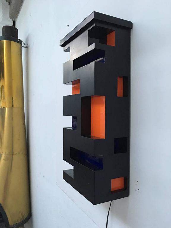 Mirror Enameled Steel and Plexiglas 'De Stijl' Style Light Sculpture, Italy, 1970 For Sale