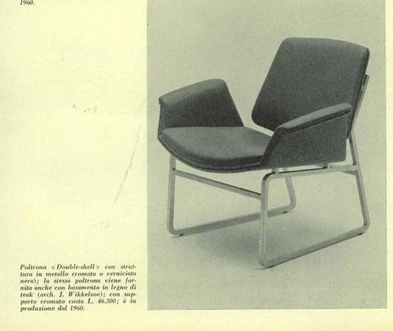 Rare pair of 'double shell' lounge chairs designed in 1960 by Danish designer Illum Wikkelsø for Italian manufacturer Arflex.  The October 1962 issue of 'DOMUS' confirms that the 'double shell' lounge made its debut in 1960. Please see image