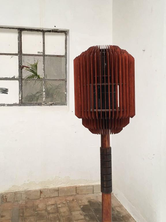 Mid-20th Century Impressive 1930s Art Deco Louvres Floor Lamp For Sale