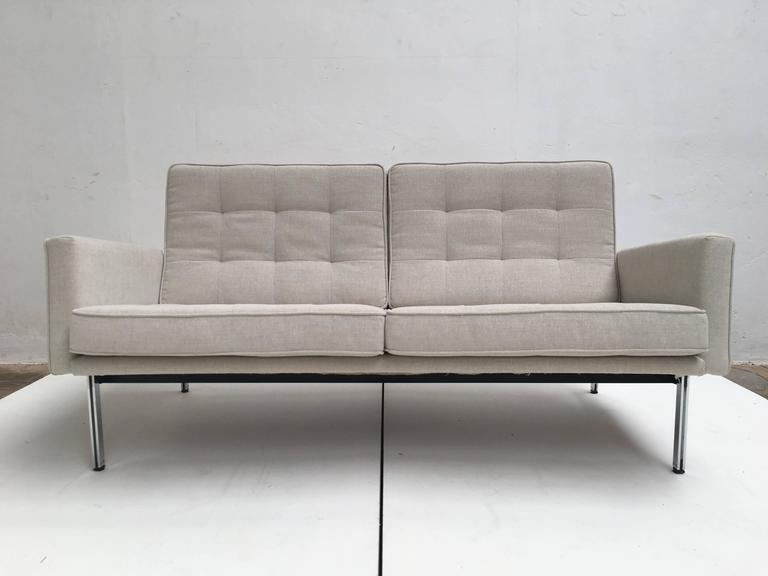 Early Florence Knoll Parallel Bar Sofa by Knoll International, circa 1955 4