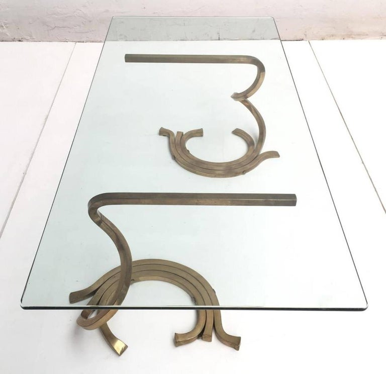 Stunning Sculptural Serpentine Form Coffee Table, Solid Brass Bar, Italy, 1970 5