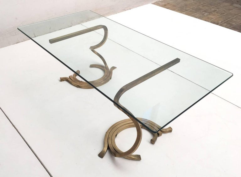 Stunning Sculptural Serpentine Form Coffee Table, Solid Brass Bar, Italy, 1970 6