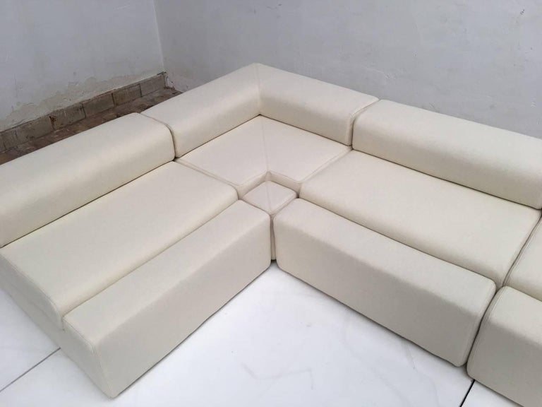 Unique modular Sofa by Mangiarotti from the 'Casa Vitale', 1969 with certificate For Sale 1