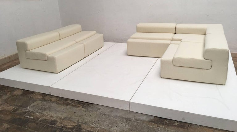 Minimalist Unique modular Sofa by Mangiarotti from the 'Casa Vitale', 1969 with certificate For Sale