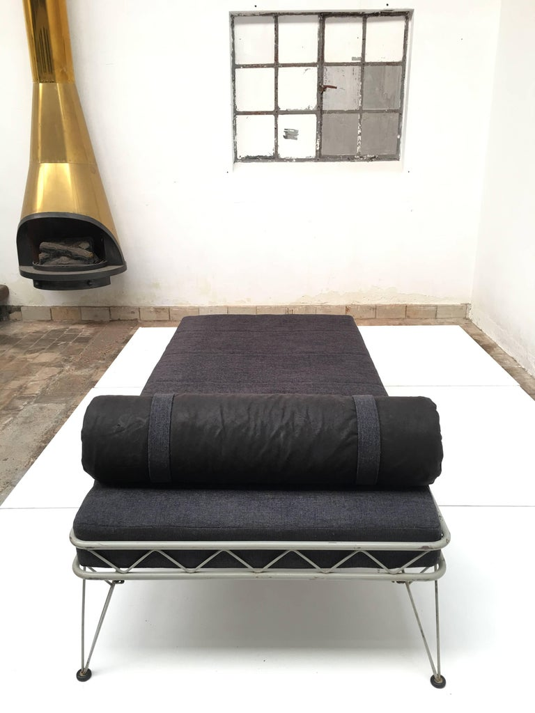 Mid-Century Modern Daybed 'Arielle' by Dick Cordemeijer for Auping 1954, New Upholstery For Sale