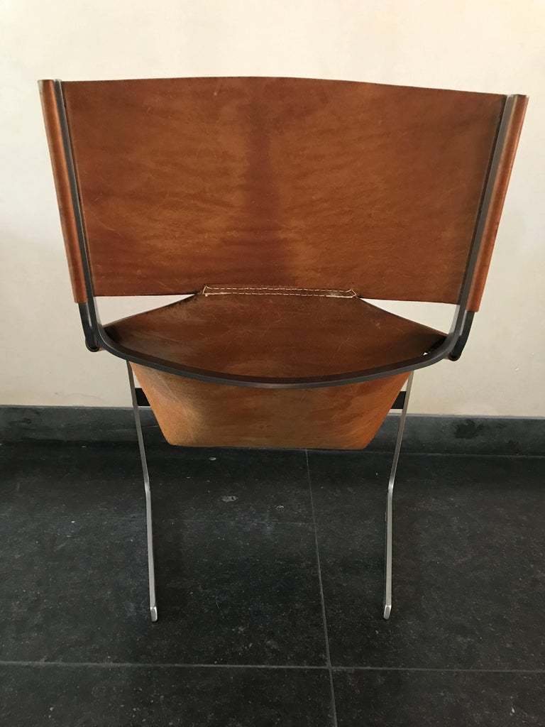Stunning Original Saddle Leather Pierre Paulin F444 Lounge Chair for Artifort In Good Condition For Sale In bergen op zoom, NL
