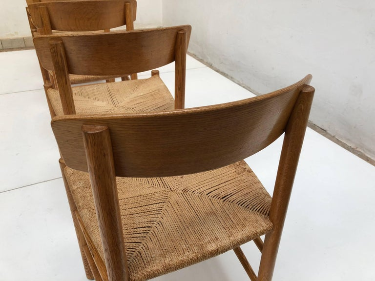 Set of Six Borge Mogensen J39 Shaker Oak and Papercord Dining Chairs, Denmark 10