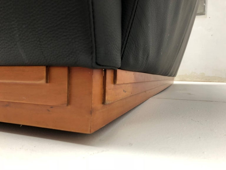Early 20th Century Very Rare Leather Sofa by Frank Lloyd Wright Imperial Hotel Tokyo Cassina, 1996 For Sale